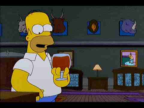 Homero Simpson tomando brandy