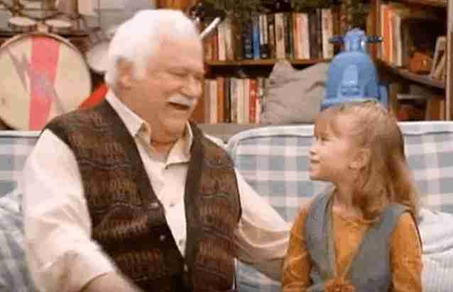 abuelo y nieta gif