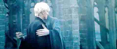 voldemort abrazando a draco malfoy