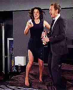 Barney y Robin celebrando