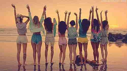 chicas en playa
