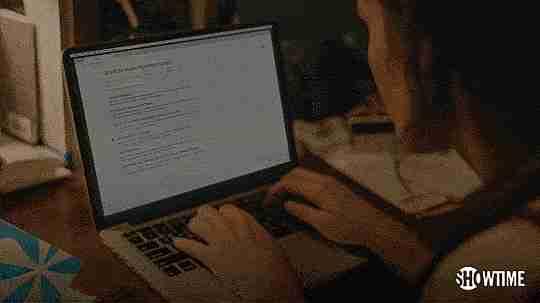 buscando en internet gif
