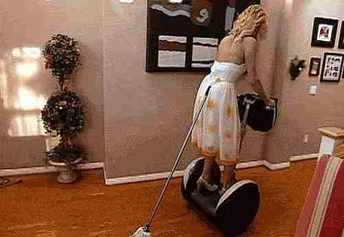 Mujer limpiando