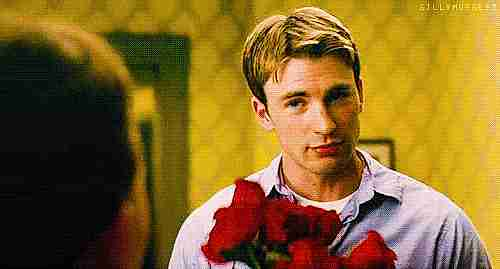 Hombre con ramo de rosas
