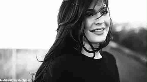 Kylie Jenner gif