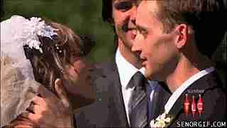 beso en boda