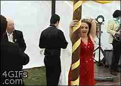 Borracha en una boda.